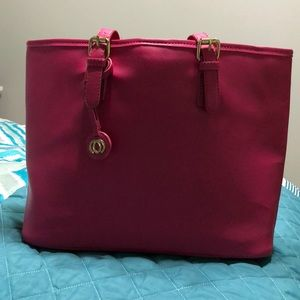 Payless tote pocket book.